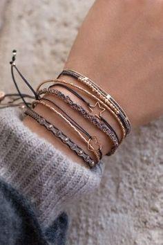 x mas special shooting star armband anthrazit Dainty Jewelry, Cute Jewelry, Boho Jewelry, Fashion Jewelry, Women Jewelry, Bohemian Bracelets, Indian Jewelry, Bridal Jewelry, Jewelry Ideas