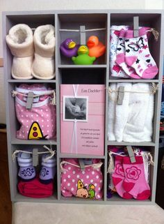 Letterbak- new baby gift idea Baby Crafts, New Baby Gifts, Gift Baskets, Baby Room, Baby Shower Gifts, New Baby Products, Birth, Presents, Creative Ideas