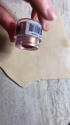 Polymer Clay Canes, Fimo Clay, Polymer Clay Projects, Polymer Clay Creations, Polymer Clay Jewelry, Clay Crafts, Diy Clay Earrings, Precious Metal Clay, Clay Design