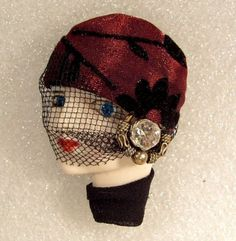 LADY HEAD FACE Porcelain-Look Resin Brooch Pin Figural flapper RS Veil Glitzy