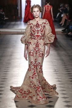 Tony Ward Spring/Summer 2017 Couture Collection   British Vogue