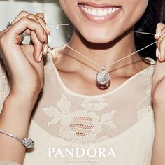 Dress up any outfit and don't hide your sparkle. PANDORA Jewellery has the perfect new Radiant Blooms Collection to make you shine this spring! #DOPANDORA #ExperienceHarmony