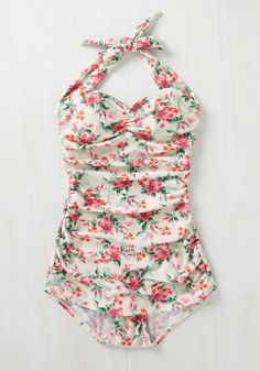 Never Been Better One-Piece Swimsuit in Floral. Beach weather certainly dazzles you, so sunbathe the day away in this Bettie Page swimsuit! One Piece Swimsuit Flattering, Fun One Piece Swimsuit, Flattering Swimsuits, Cute Swimsuits, One Piece Swimwear, Vintage Bathing Suits, Cute Bathing Suits, Slimming Bathing Suits, Cool Outfits