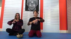 Yoga per knitters e creativi : le mani