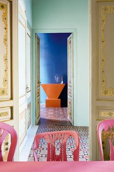 colorful walls and decor inside Guillermo Santoma's Casa Horta. Wall Colors, House Colors, Color Inspiration, Interior Inspiration, Decor Interior Design, Interior Decorating, Apartments Decorating, Decorating Bedrooms, Design Interiors