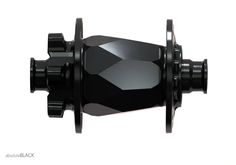 f9dtkfm: BLACK DIAMOND HUBS (via absoluteBLACK) - i am a dreamer