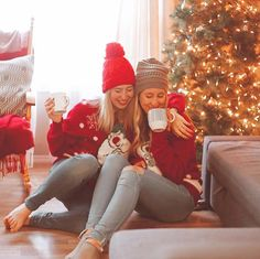 ✨🎅Cool Funny Unique Christmas Experiences Gift Ideas for Adults & Couples? Winter Pictures, Christmas Pictures, Christmas Love, Whoville Christmas, Christmas Sayings, Christmas Ideas, Best Friend Pictures, Bff Pictures, Vsco