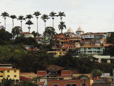 Vista da Basílica, desde o centro da cidade.