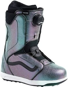 The Encore from Vans is a lightweight and responsive snowboard boot that delivers quick function, reliable comfort and comprehensive all-terrain performance wit… Sporting Life Online Winter Hiking, Winter Fun, Snow Boots, Winter Boots, Fun Winter Activities, Snowboarding Gear, Vans, Snow Bunnies, Bunny