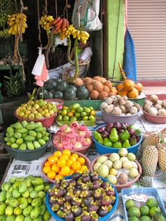 Market in Sri Lanka...how we always bought fruit and vegetables.