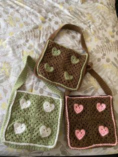 Diy Crochet Projects, Yarn Projects, Crochet Crafts, Cute Crochet, Knit Crochet, Knitting Patterns, Crochet Patterns, Learn To Crochet, Crochet Fashion