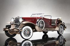 """Ever wonder where the phrase """"it's a doozie!"""" came from? Yeah. That would be from the Duesenberg."""