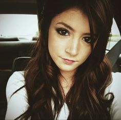 Chrissy Costanza great singer and super sweet>> AND HER MAKEUP IS ALWAYS ON POINT