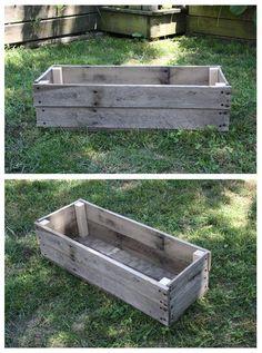 Pallet Flower Box, Wooden Flower Boxes, Raised Planter Boxes, Pallet Planter Box, Wooden Planters, Diy Planters, Pallets Garden, Wood Pallets, Pallet Wood