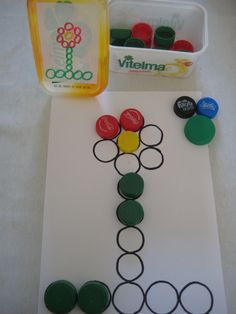 Discover thousands of images about 30 Atividades para ensinar as cores - Aluno On Montessori Activities, Motor Activities, Infant Activities, Activities For Kids, Art For Kids, Crafts For Kids, Autism Education, Baby Games, Learning Centers