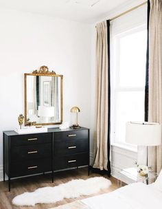 classic bedroom design // black and white bedroom decor // black dresser // shee. - classic bedroom design // black and white bedroom decor // black dresser // sheepskin rug - Master Bedroom Layout, White Bedroom Decor, Bedroom Black, Black White And Gold Bedroom, Black And White Dresser, Ikea Bedroom Design, White And Gold Decor, Bedroom Ideas, Black And White Furniture