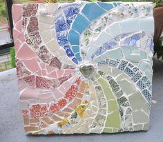 Welcome to my shop in the scottish capital, Edinburgh. All of my items are up-cycled from unloved crockery. All the mosaic tiles are hand-cut