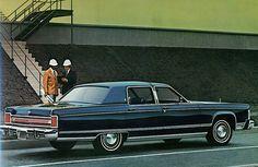 1977 Lincoln Continental Town Sedan