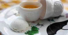 Frische, strahlende Haut ganz ohne Kosmetik und Chemie? Diese günstigen Rezepte aus Naturprodukten helfen dir gegen Falten und schlaffe Haut.