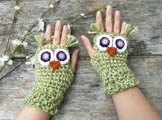 Crochet Owl Fingerless Gloves--cute