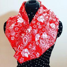 Rouge et blanc  snood  foulard  tissu  rouge    mode  japon. Un grand marché 00c0e6950b1