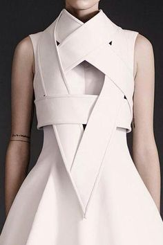 beautiful + minimal | designed lwd | @commoncurator