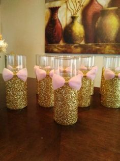 Pink and Gold Baby Shower Bridal shower by Rosa und Goldbabyparty-Brautparty durch Shower Party, Baby Shower Parties, Baby Shower Themes, Shower Ideas, Princess Theme, Baby Shower Princess, Bridal Shower Centerpieces, Glass Centerpieces, Quinceanera Centerpieces