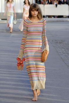Love this simple & versatile Chanel striped dress