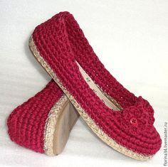 Обувь ручной работы. Заказать Балетки уличные Благородный лен, бордо. Елена Гончарова Вязаная обувь. Ярмарка Мастеров.