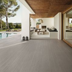 Wood look full-body porcelain tiles for outdoor spaces, treated with antimicrobial technology Microban®.