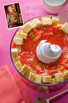 Luna Lovegood's strawberry and blueberry pudding trifle with pound cake recipe.