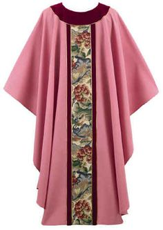 ROSE - LARGE LEAVES WITH MAROON VELVET TRIM CHASUBLE