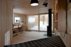 Norwegian architecture firm Jarmund/Vigsnæs Arkitekter designed Writer's Cottage, a tiny wooden cabin in Asker, Norway. Tiny Cabins, Cabins And Cottages, Interior Architecture, Interior And Exterior, Interior Design, Luxury Bathtub, Sweet Home, Small World, Small Spaces