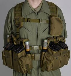 Smersh AK Original SSO Russian Vest Assault Tactical Vest Chest Rig Stock best in Collectibles, Militaria, Current Militaria Military Tactical Vest, Military Armor, Military Guns, Combat Armor, Combat Gear, Tactical Wall, Tactical Gear, Tactical Equipment, Military Equipment
