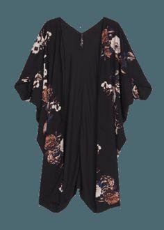 Velvet Kimono at Melissa McCarthy Seven7