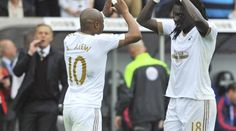 FT: #Swans 2-1 #MUFC. Swansea beat Manchester United for the third time in a row thanks to goals from Ayew and Gomis.