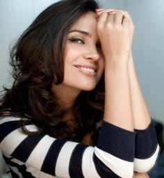 Lara Dutta. Love her eyeliner. #Lara #Bollywood
