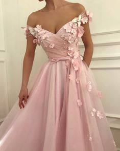 Elegant Off Shoulder Tulle Pink Long Prom Dress with Flower T949 by sweetdressy, $159.30 USD Baby Pink Prom Dresses, Straps Prom Dresses, Tulle Prom Dress, Lace Evening Dresses, Cheap Prom Dresses, Elegant Dresses, Evening Gowns, Beautiful Dresses, Awesome Dresses