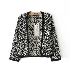 Size Length - 48cm Shoulder - 50cm Sleeve - 37cm  For more informations please send us an email to thepinkcharriot@gmail.com