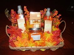 Thanksgiving gift basket decorations
