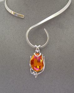 """""""NEW"""" SWAROVSKI """"ASTRAL PINK"""" CRYSTAL ELEMENT PENDANT and LOOP  NECKLACE"""