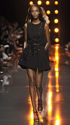 {love lights and runway} Elie Saab Spring/Summer 2015 via @stylelist | http://aol.it/1rICgy0