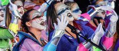 """Grupo Mascarada Carnaval: La murga """"MásQLocas"""" presenta su disfraz en el Tea..."""