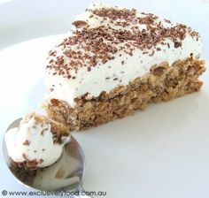 Exclusively Food: Pecan Pie Recipe (Aussie). Not many ingredients and it sounds really simple.