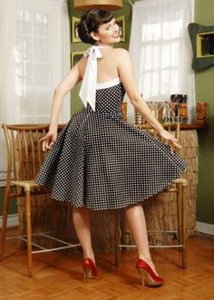 Avis sur robe retro noire à pois Rita - iShopYouShop