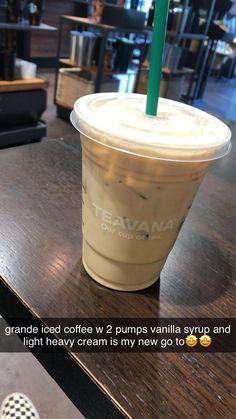 Starbucks Hacks, Bebidas Do Starbucks, Healthy Starbucks Drinks, Starbucks Secret Menu Drinks, Starbucks Frappuccino, Starbucks Iced Coffee, Yummy Drinks, Coffee Drinks, Coffee Coffee