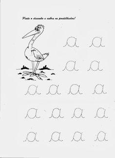 Exercícios para treinar a caligrafia das crianças, atividades com desenhos para cobrir as vogais sendo tudo ilustrado e feito pra melhorar o... Shape Worksheets For Preschool, Shapes Worksheets, Cursive Letters, Tracing Letters, French Alphabet, Study Materials, Kids House, School Projects, Clip Art