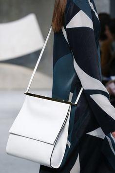 Marni Spring 2016 Ready-to-Wear Accessories Photos - Vogue Fashion Handbags 3d56804023759