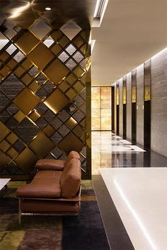 54 Ideas for modern screen partition space dividers Living Room Partition, Room Partition Designs, Door Design, Wall Design, House Design, Divider Design, Office Interior Design, Interior Walls, Interior Livingroom