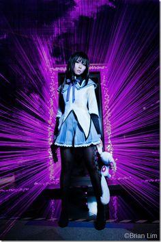 http://thecosplaychronicles.blogspot.com/2012/04/how-i-made-my-akemi-homura-costume.html